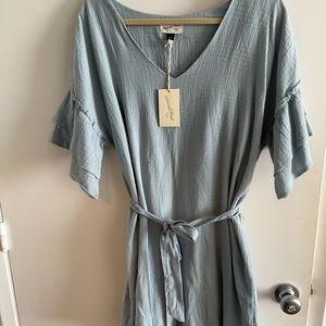 Cute dress with 3/4 ruffle sleeves